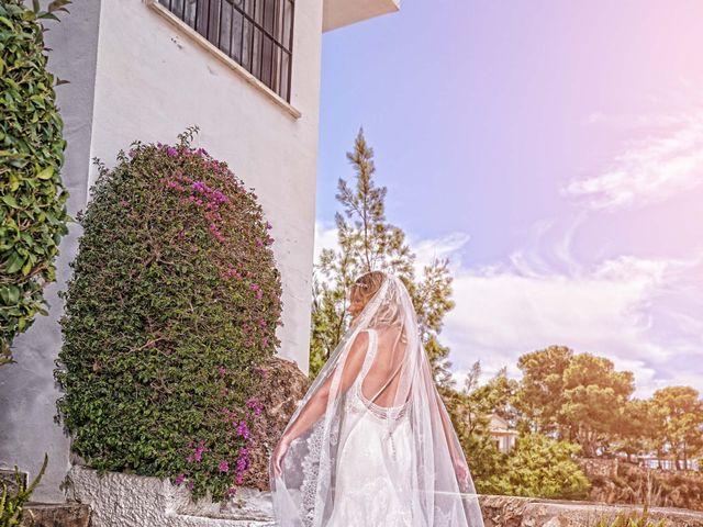 La boda de Nacho y Marisa en Torre Del Mar, Málaga 3