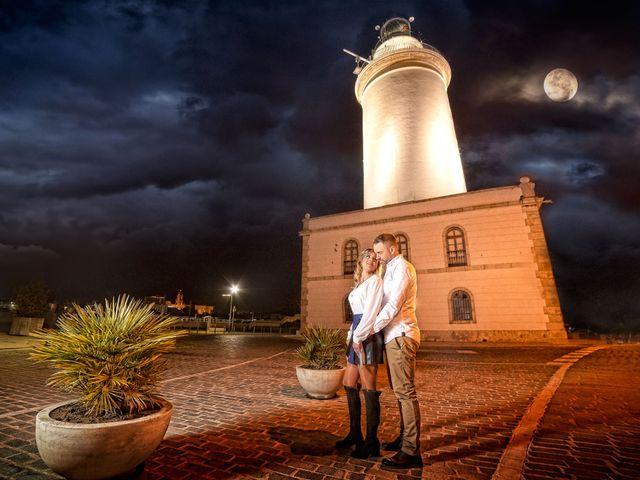 La boda de Nacho y Marisa en Torre Del Mar, Málaga 2