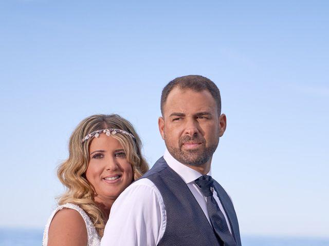 La boda de Nacho y Marisa en Torre Del Mar, Málaga 13