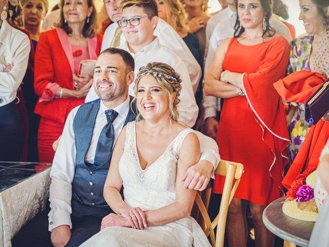La boda de Nacho y Marisa en Torre Del Mar, Málaga 25