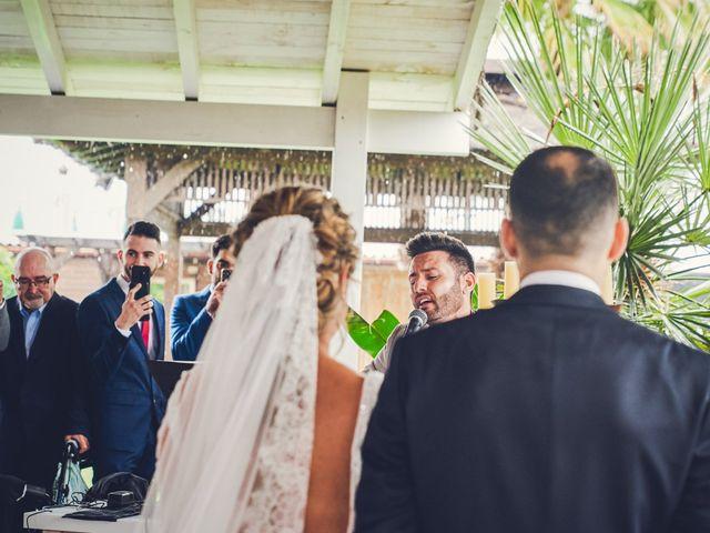 La boda de Nacho y Marisa en Torre Del Mar, Málaga 27
