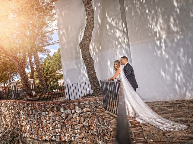 La boda de Nacho y Marisa en Torre Del Mar, Málaga 36
