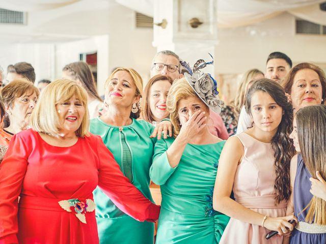 La boda de Nacho y Marisa en Torre Del Mar, Málaga 48