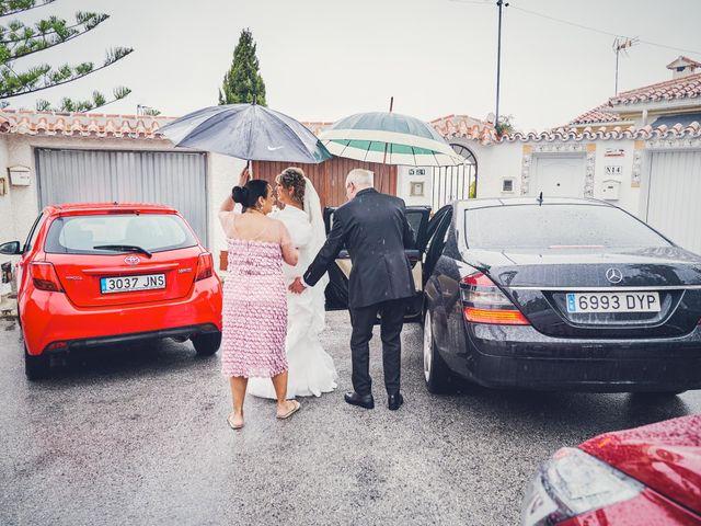 La boda de Nacho y Marisa en Torre Del Mar, Málaga 67