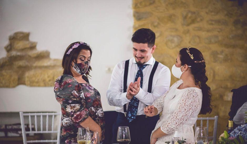 La boda de Álvaro y Carolina en Osuna, Sevilla