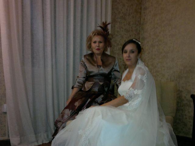 La boda de Maria y Jesus en Parla, Madrid 10