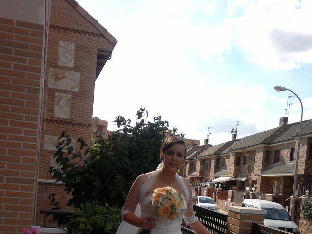 La boda de Maria y Jesus en Parla, Madrid 15