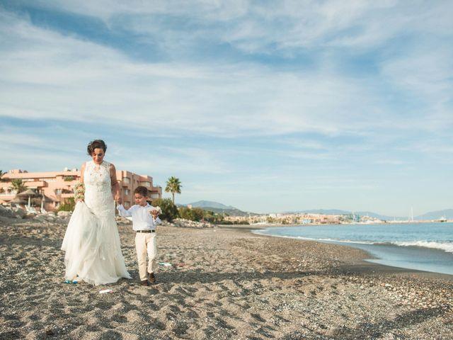 La boda de Dani y Aurora en Sotogrande, Cádiz 12