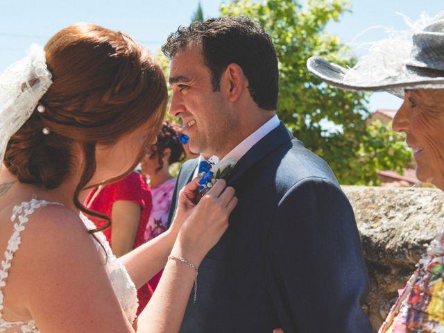 La boda de Óscar y Vanessa en Villalvaro, Soria 12