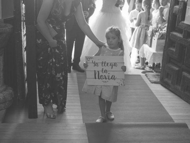 La boda de Óscar y Vanessa en Villalvaro, Soria 13
