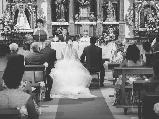 La boda de Óscar y Vanessa en Villalvaro, Soria 15
