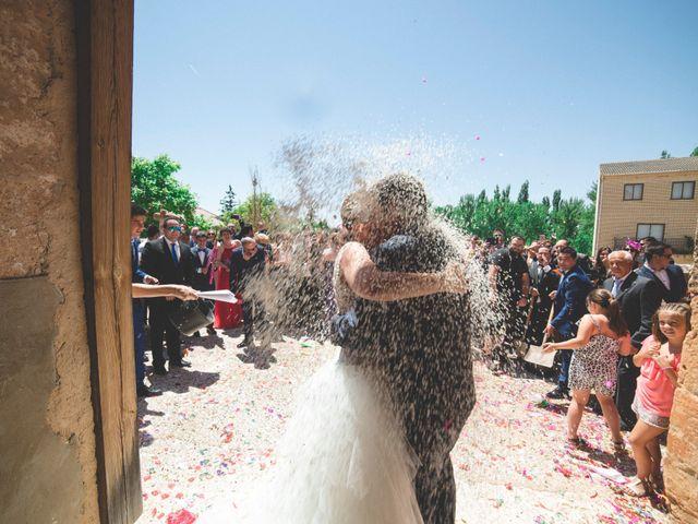 La boda de Óscar y Vanessa en Villalvaro, Soria 22