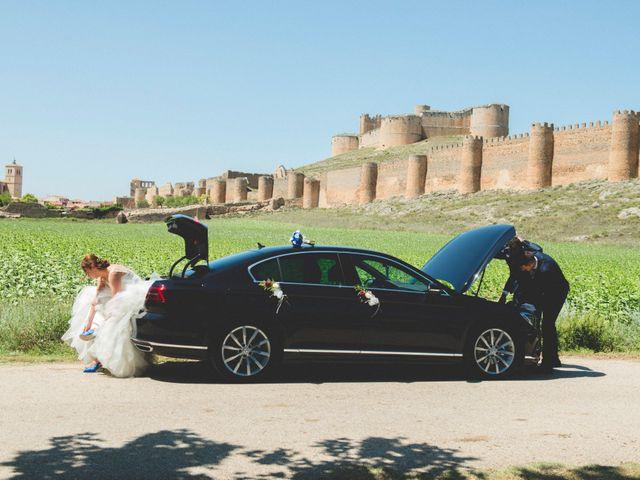 La boda de Óscar y Vanessa en Villalvaro, Soria 29