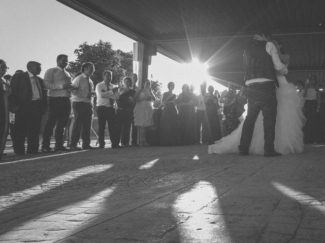 La boda de Óscar y Vanessa en Villalvaro, Soria 37