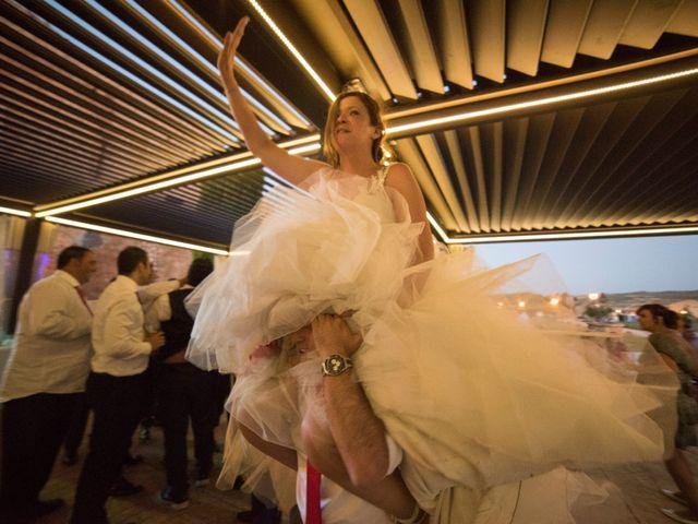 La boda de Óscar y Vanessa en Villalvaro, Soria 42