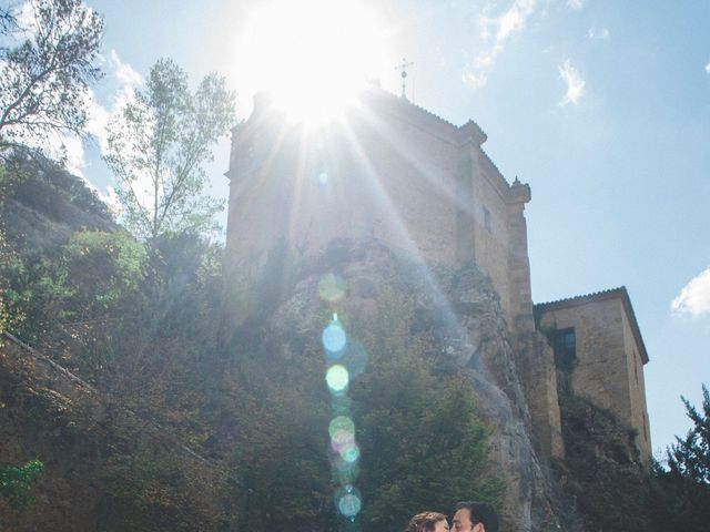 La boda de Óscar y Vanessa en Villalvaro, Soria 43