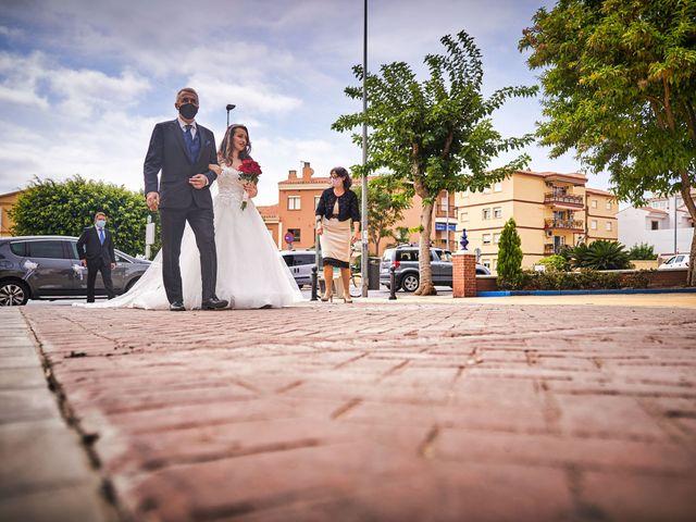 La boda de Natalia y Dani en Benajarafe, Málaga 33