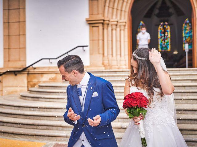 La boda de Natalia y Dani en Benajarafe, Málaga 41