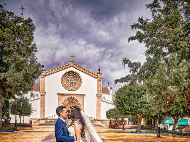 La boda de Natalia y Dani en Benajarafe, Málaga 43