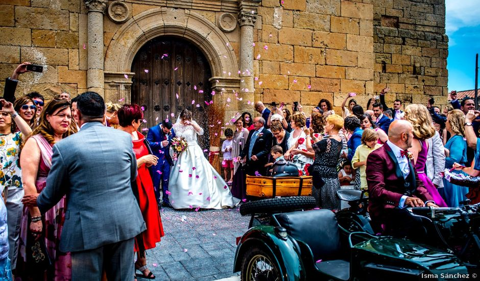 La boda de Ángela y Miguel en Cantalpino, Salamanca