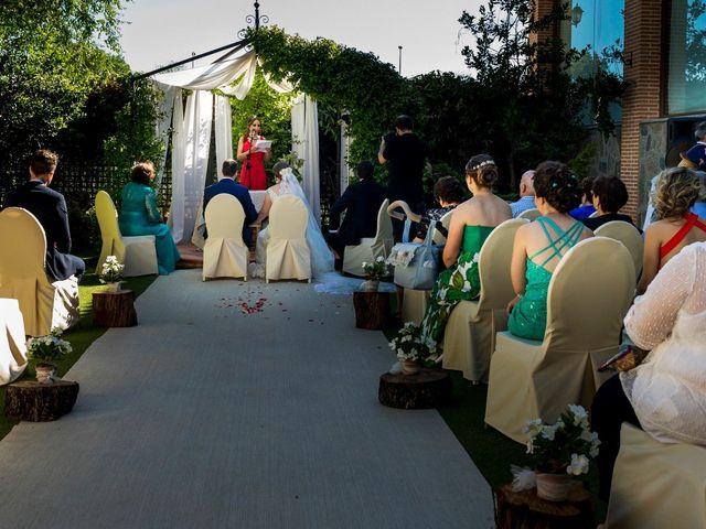 La boda de Cesar y Lidia en Urbanización Las Nieves, Toledo 8