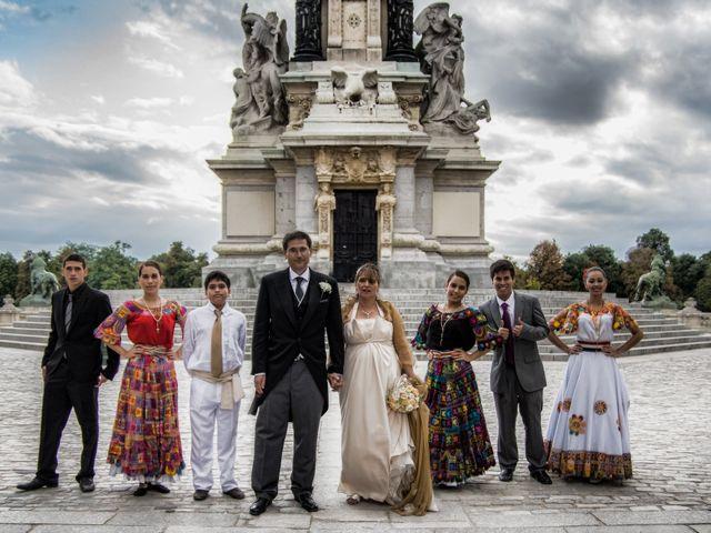 La boda de Alfredo y Miriam en Madrid, Madrid 6