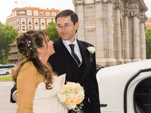 La boda de Alfredo y Miriam en Madrid, Madrid 7