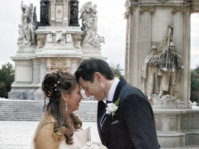 La boda de Alfredo y Miriam en Madrid, Madrid 15