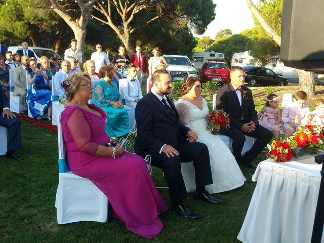 La boda de Santi y Rocio  en Huelva, Huelva 3