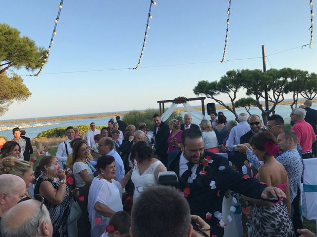 La boda de Santi y Rocio  en Huelva, Huelva 6