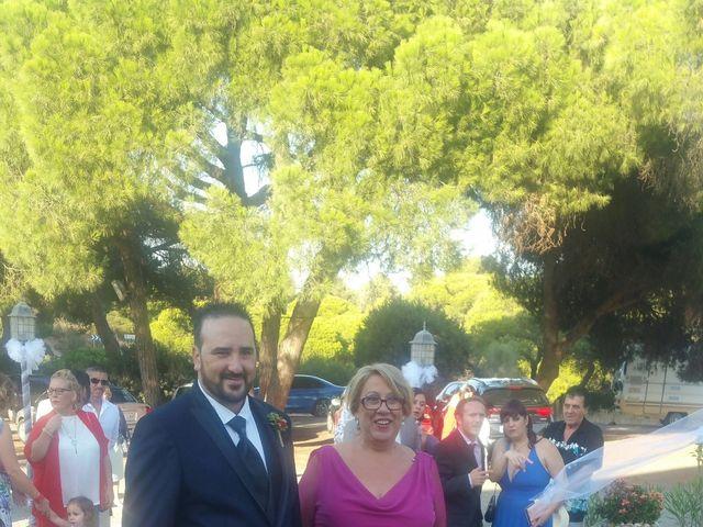 La boda de Santi y Rocio  en Huelva, Huelva 7