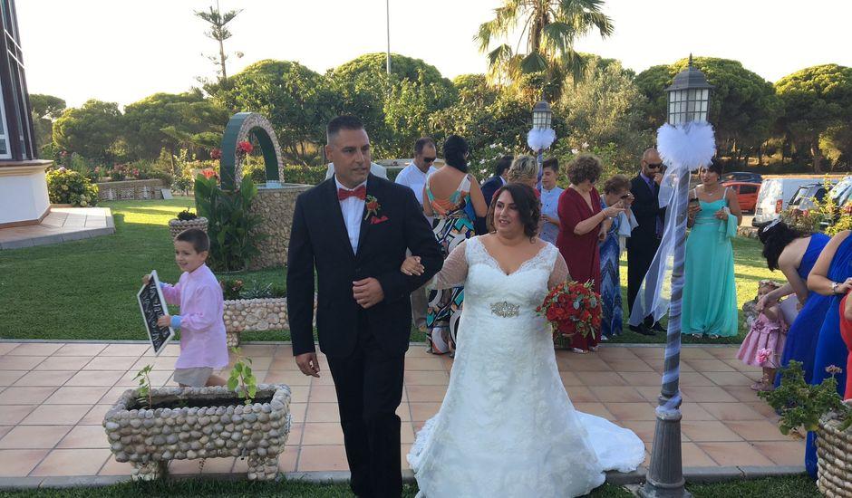 La boda de Santi y Rocio  en Huelva, Huelva