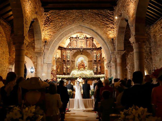 La boda de Raúl y Pepa en Santisteban Del Puerto, Jaén 2