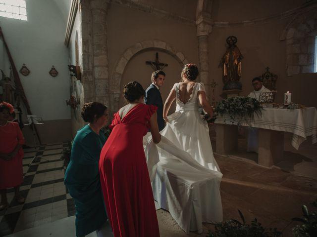 La boda de Carlos y Laura en Sotos De Sepulveda, Segovia 23