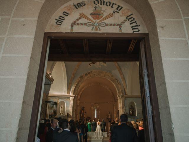 La boda de Carlos y Laura en Sotos De Sepulveda, Segovia 24