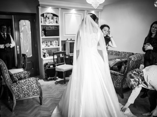 La boda de Daniel y Virginia en Madrid, Madrid 13
