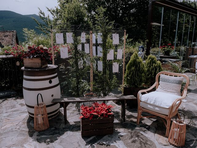 La boda de Mikel y Nerea en Atxondo, Vizcaya 70