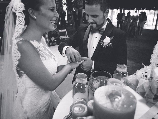 La boda de Coke y Silvia en Málaga, Málaga 28
