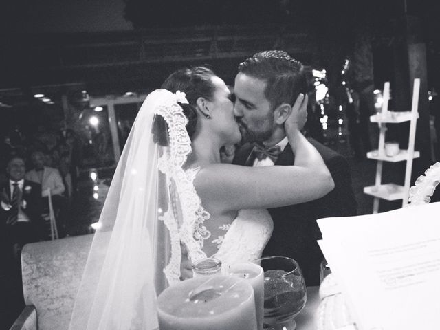 La boda de Coke y Silvia en Málaga, Málaga 29