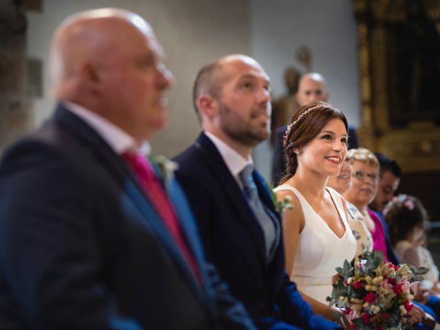La boda de Raúl y Nuria en Cangas De Narcea, Asturias 18