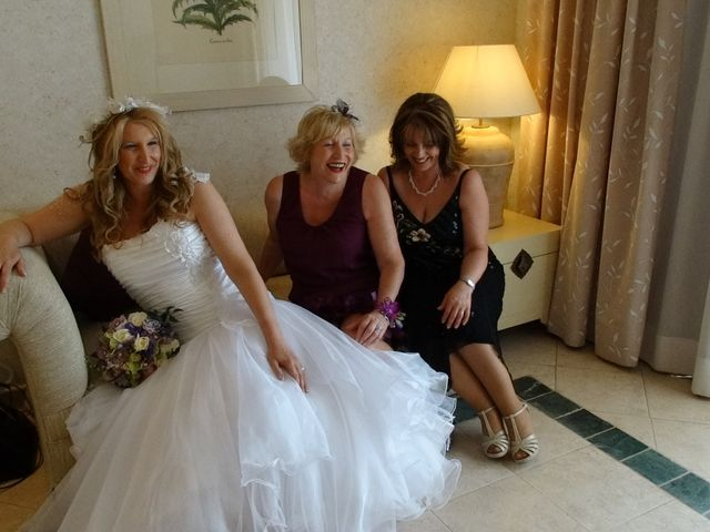 La boda de Robert y Yoli en Benidorm, Alicante 7
