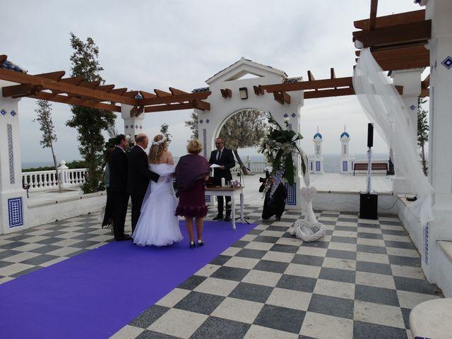 La boda de Robert y Yoli en Benidorm, Alicante 14