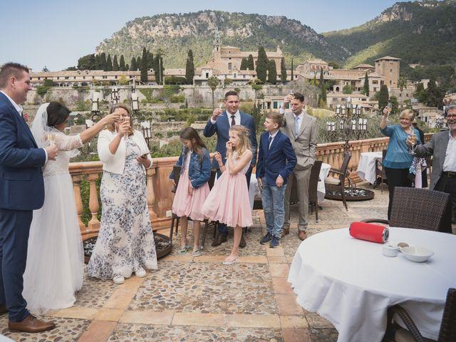 La boda de Jerom y Adriana en Valldemosa, Islas Baleares 16