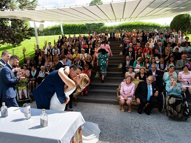 La boda de Daniel y Sara en Castejon, Navarra 65