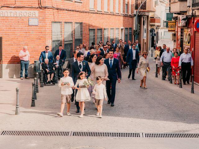 La boda de Miguel y María en Villarrubia De Los Ojos, Ciudad Real 54