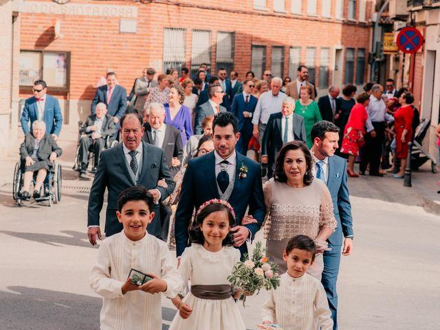 La boda de Miguel y María en Villarrubia De Los Ojos, Ciudad Real 55