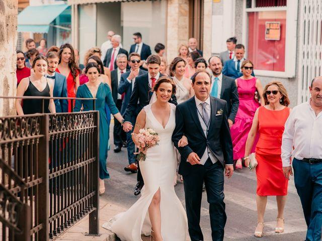 La boda de Miguel y María en Villarrubia De Los Ojos, Ciudad Real 58
