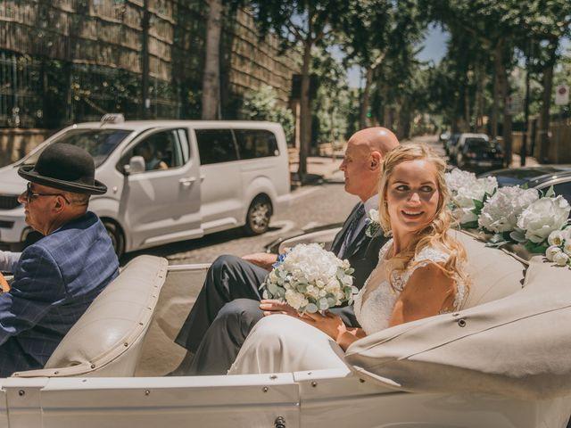 La boda de Richard y Ingrida en Vigo, Pontevedra 33