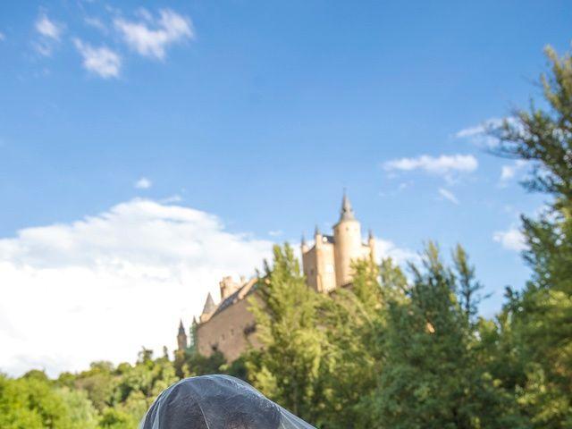 La boda de Juan y Laura en Cuellar, Segovia 1