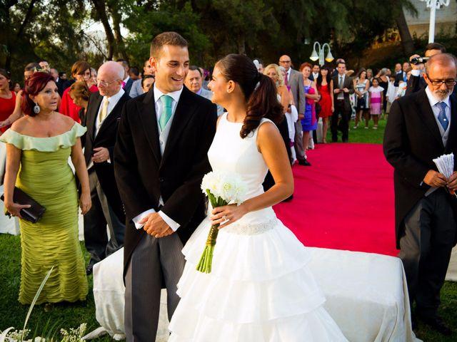 La boda de Guille y María en Málaga, Málaga 14